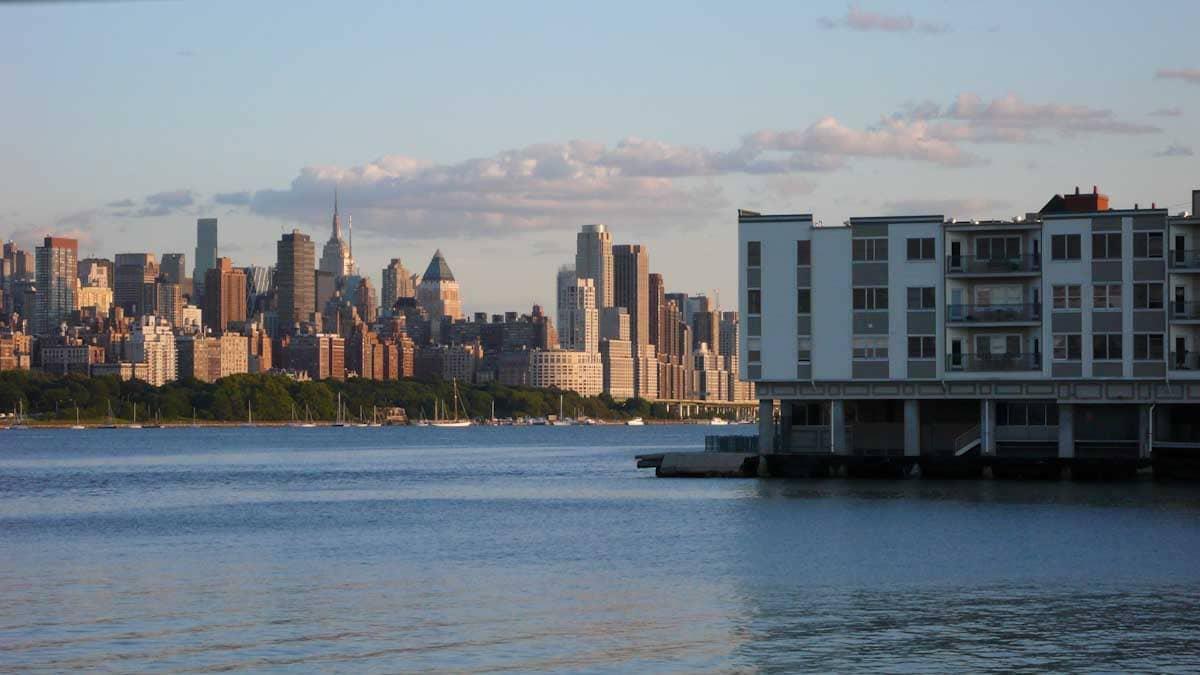 ニュージャージーから見たマンハッタン