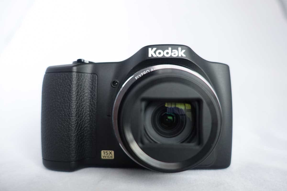 PIXPRO FZ152のデジタルカメラ
